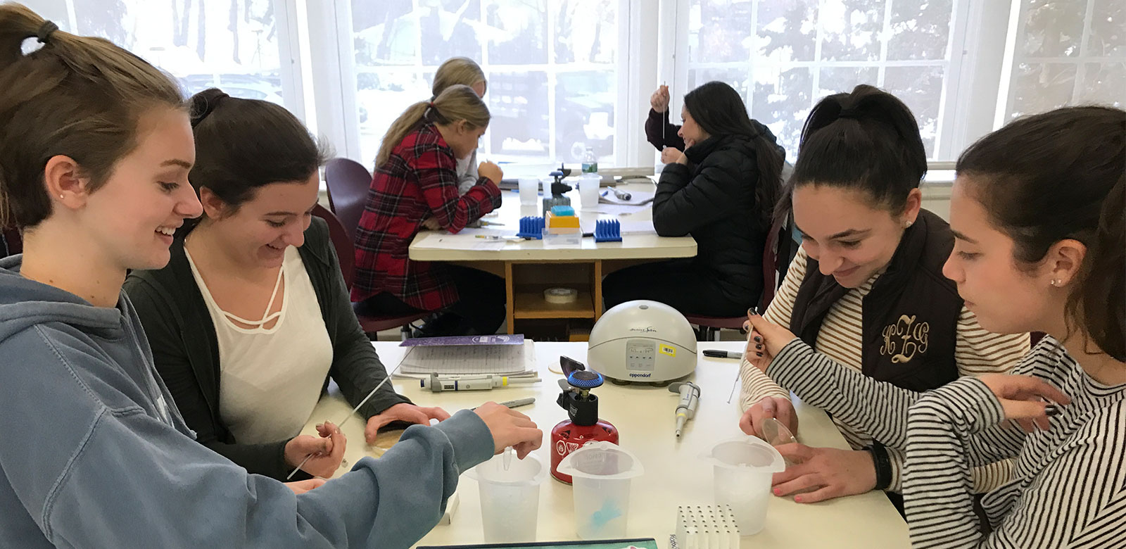 Students Attend DNA Learning Center